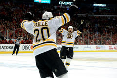 Stanley Cup: Bruins even final against Blackhawks with OT Game 2 victory